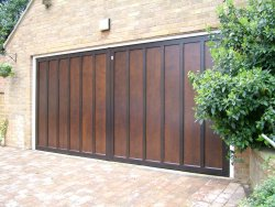 Cardale Countryman timber double garage door in Great Billing, Northamptonshire