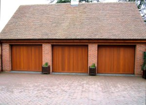 Gatcombe timber garage doors in Warwickshire with remote control