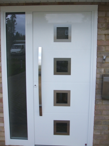 TOP Prestigue Style 173 white entrance door with windows