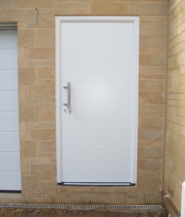 ThermoPro TPS 015 white entrance door