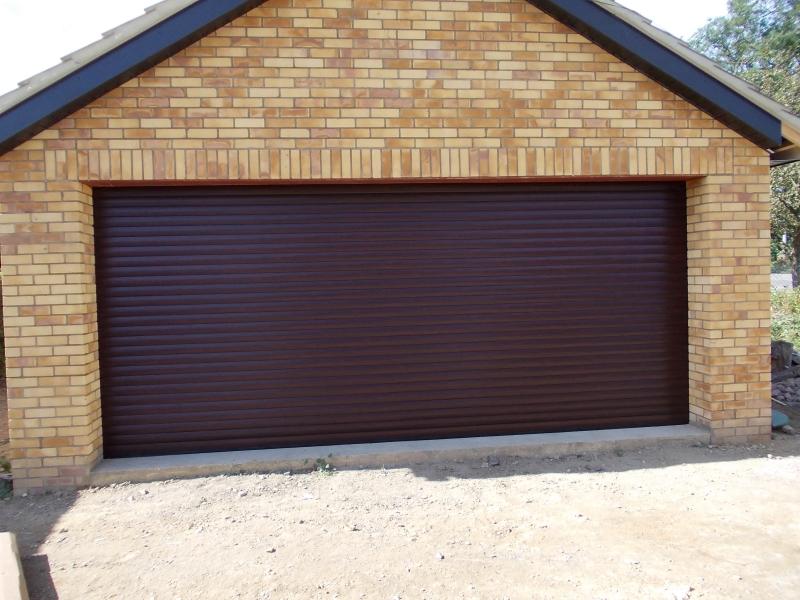 the garage door centre garage doors kettering. Black Bedroom Furniture Sets. Home Design Ideas