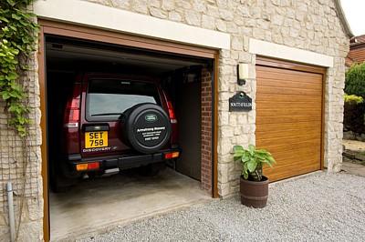 novofermsectionalgaragedoors garage door centre articles. Black Bedroom Furniture Sets. Home Design Ideas