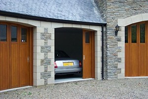 oak side sectional garage doors