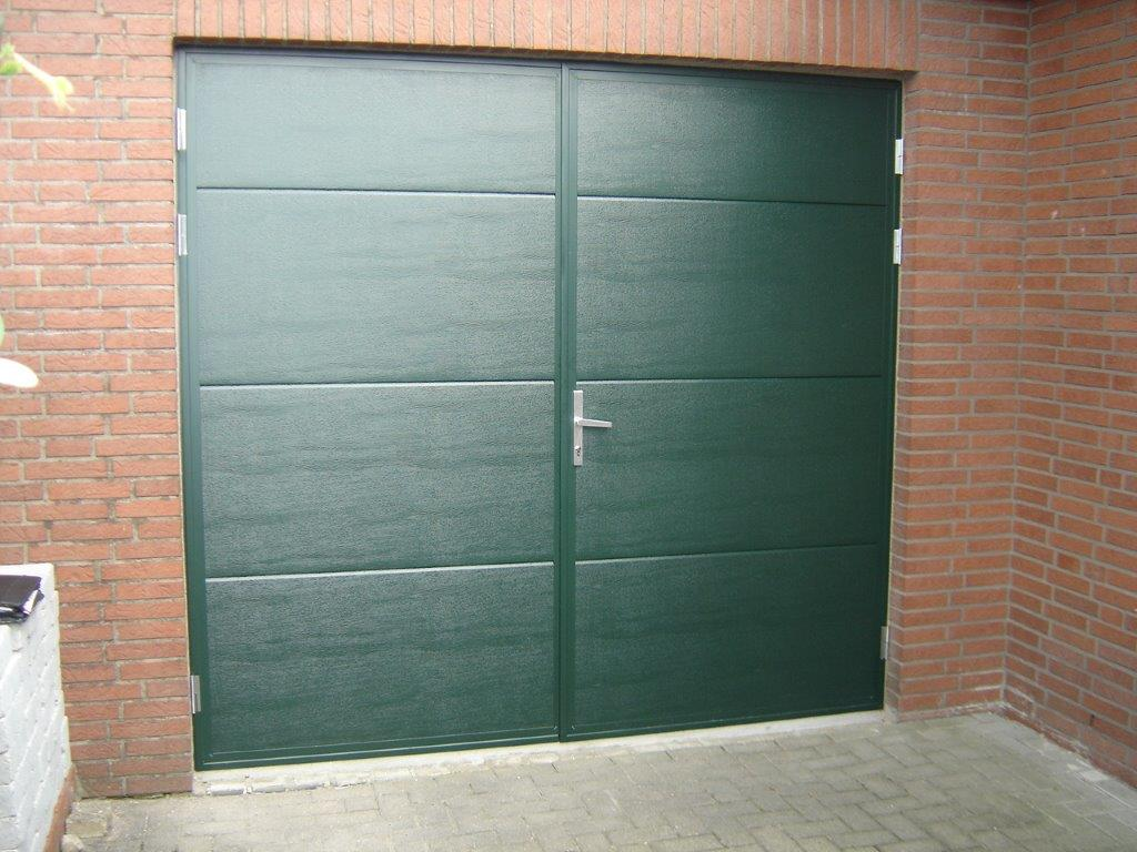 Seceuroglide insulated sectional garage door georgian cassette - Flush