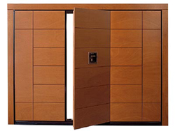 Silvelox GEO door in Oak, Iroko, Mahogany or Chestnut