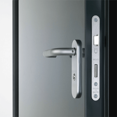 Door handle and lock of Teckentrup 62 side hinged