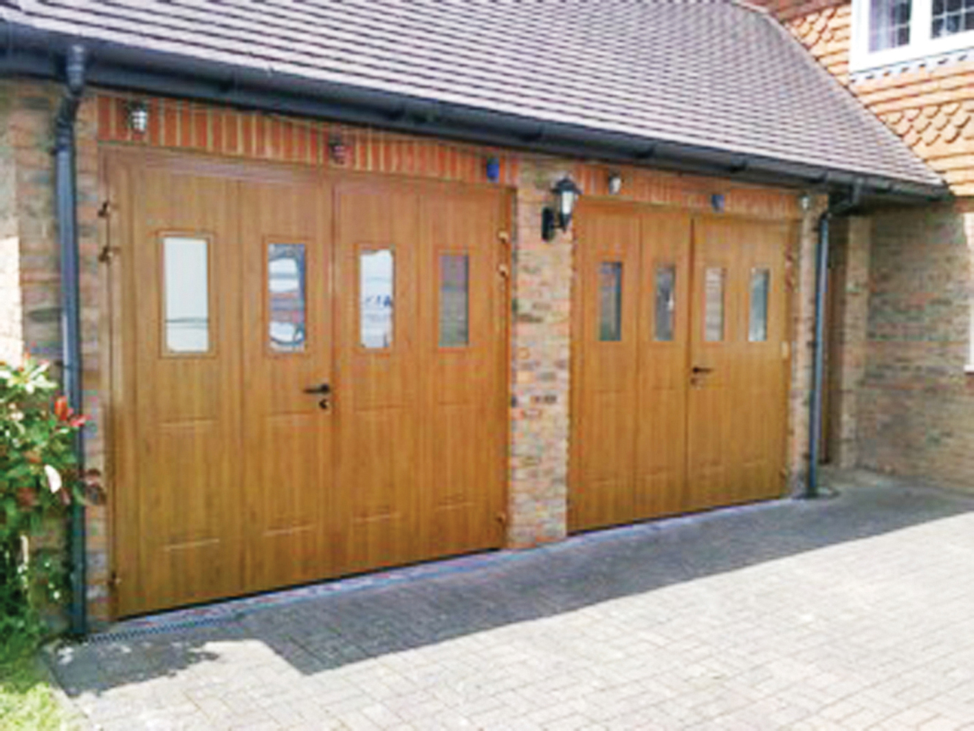 Twin Timber Side Hinged Doors