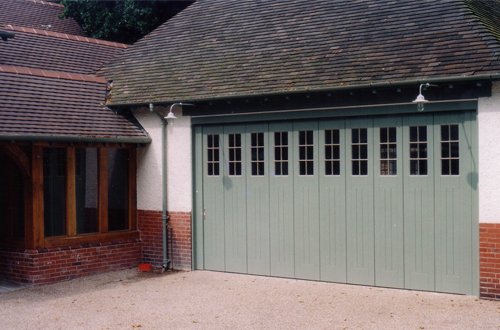 Rundum Meir Side Sectional Garage Door - Period Style ... & Period Style Garage Doors - Steel Aluminium u0026 traditional timber ...