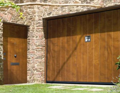 Silvelox Garage Door with wicket Door