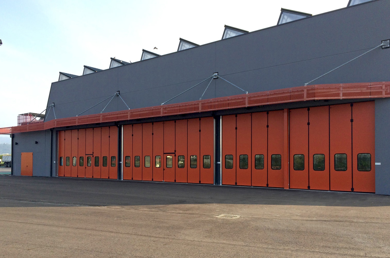 Folding Garage Doors for Commercial and Industrial Applications