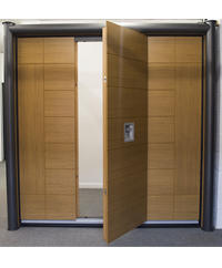NEW: Silvelox Door in Showroom!