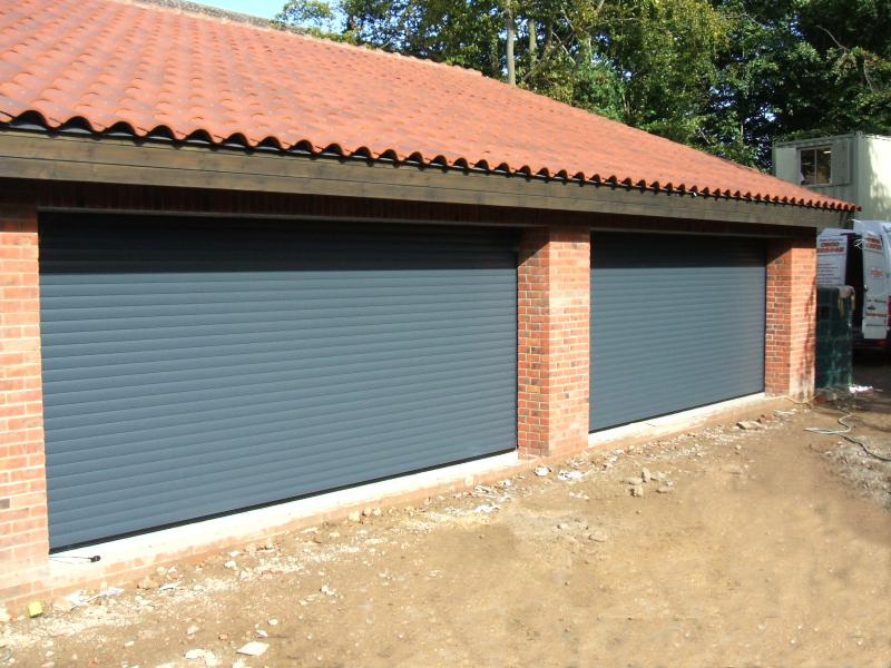 Twin Double SWS Aluminium Rollers in Anthracite