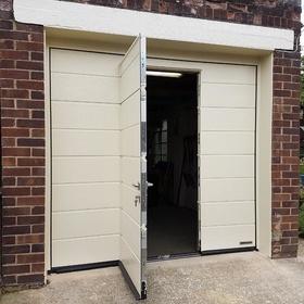 Hormann LPU 42 M Ribbed with Wicket Door inset & Automatic Garage Door Openers Loughborough | Automatic Garage Door ...